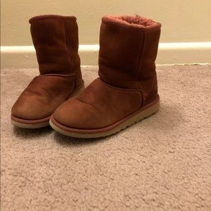 ugg Classic Short boots kids size 4